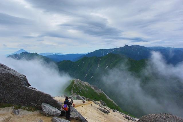 雲がかかりがちな北岳方面
