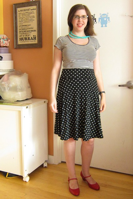 15-minute polka dot skirt