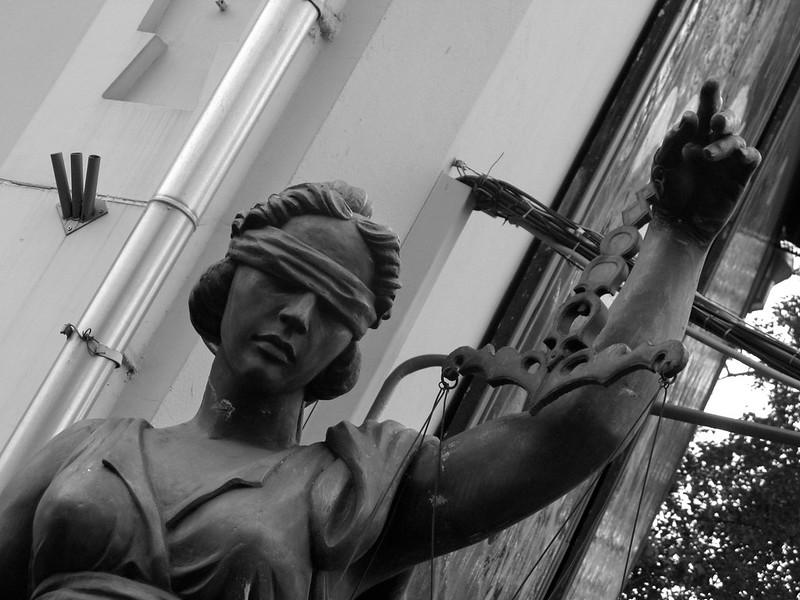 Зураб Церетели: «Справедливость» (Zurab Tsereteli: «Justice»)