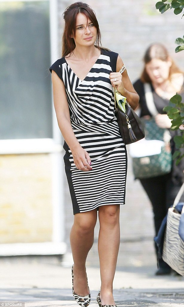 mixing-print-zebra-print-dress-leopard-print-shoes