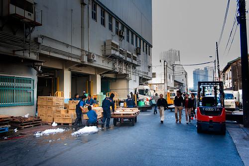 Mercado de Tsukiji 2 by Ramon San Juan