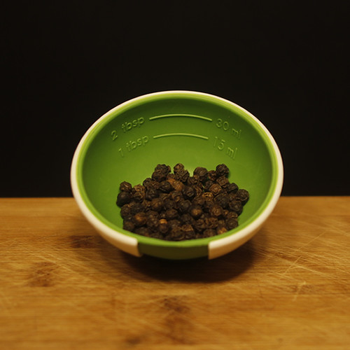 12best_spices_black_pepper_1