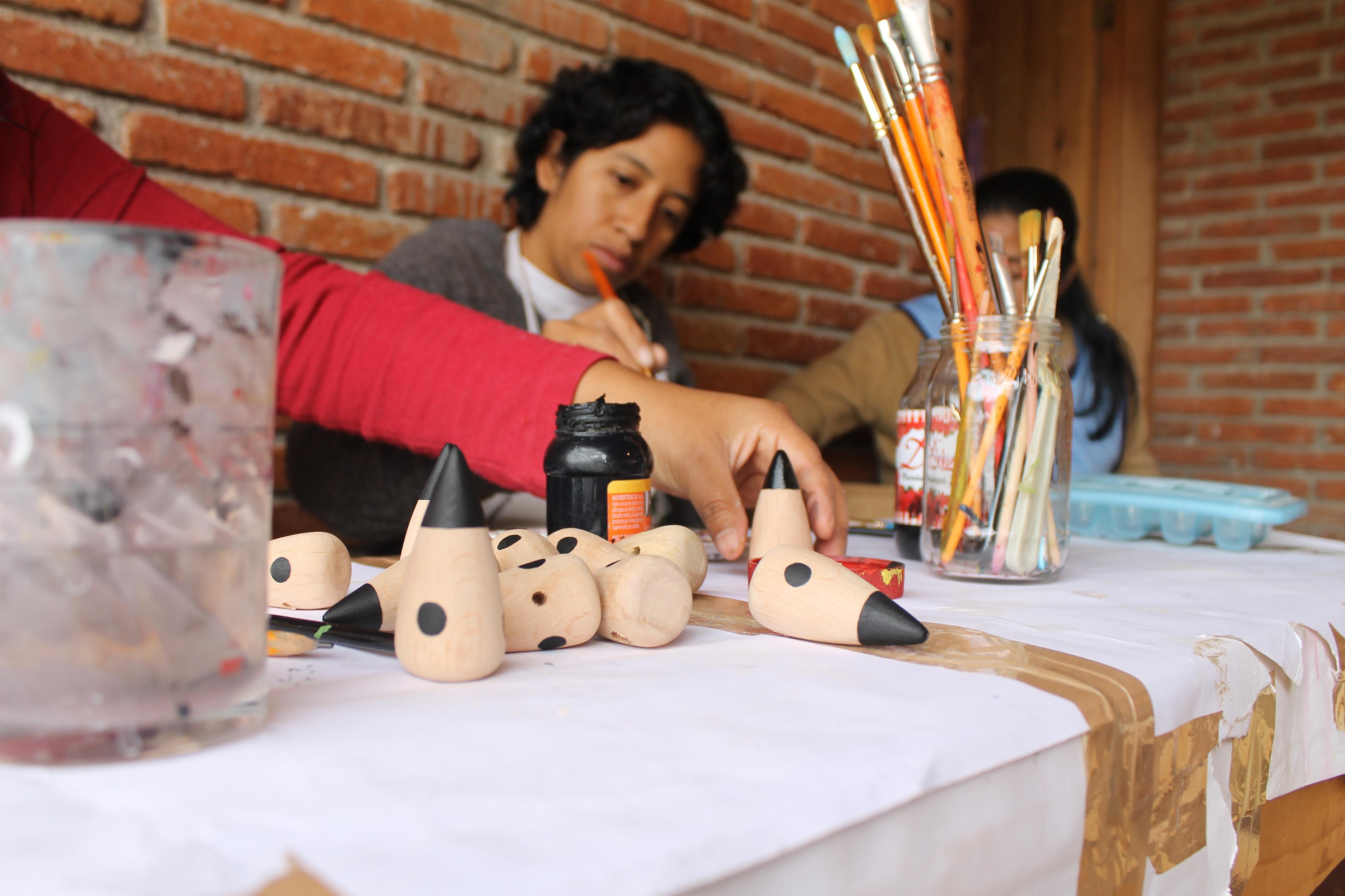 juguetes artesanales personas