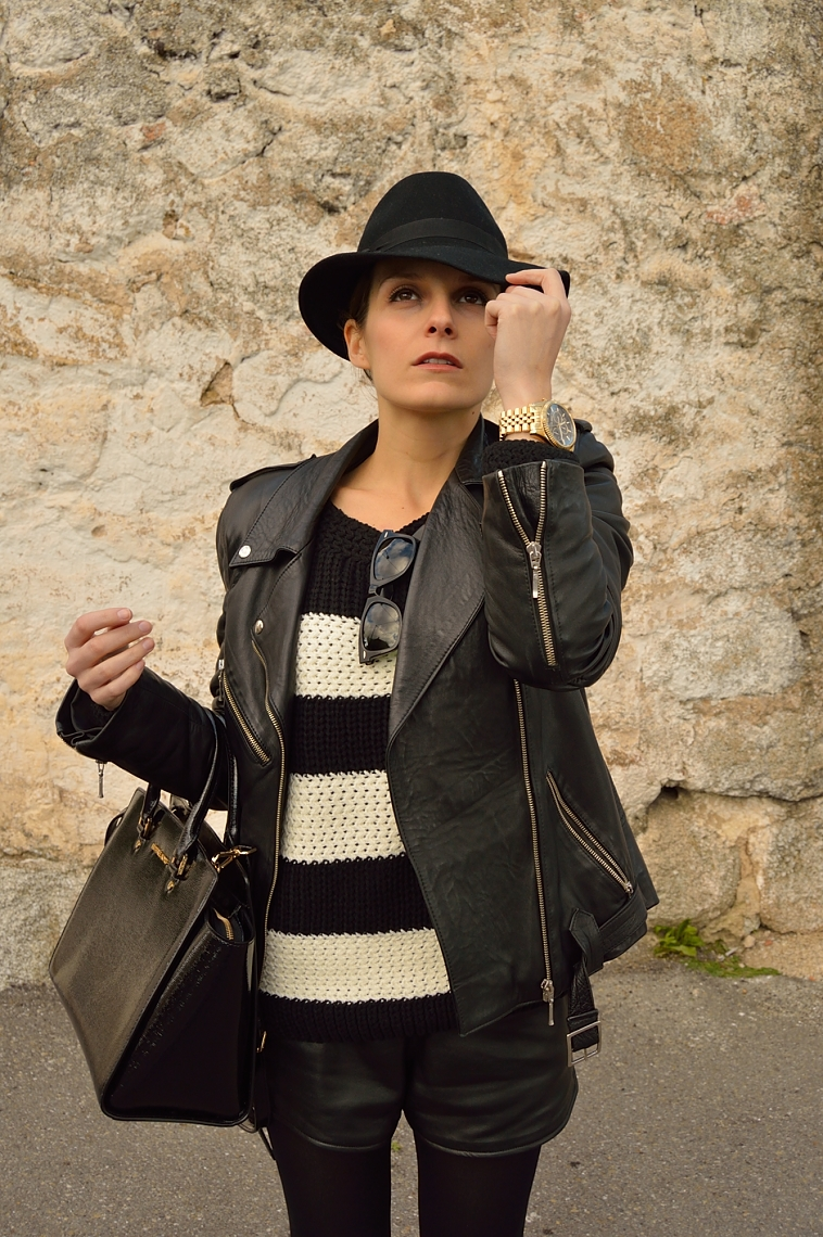 lara-vazquez-madlula-blog-biker-jacket-black-hat-fashion