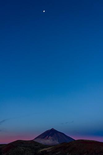 moon night sunrise bluesky luna clear amanecer tenerife teide beltofvenus cieloazul mountteide cinturóndevenus