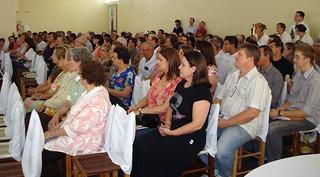 Comunidade Paroquial prestigiou a posse do novo pároco.