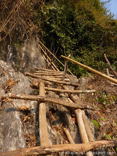 13 Pha Poak Wood and Bamboo Ladders