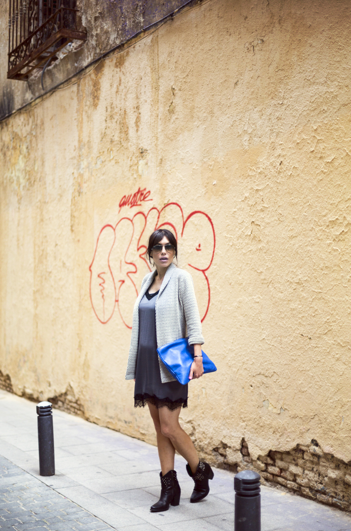 street style barbara crespo lingerie dress paired with jacket the corner stradivarius fashion blogger outfit blog de moda