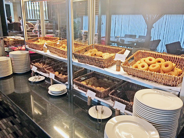 breakfast maya hotel buffet