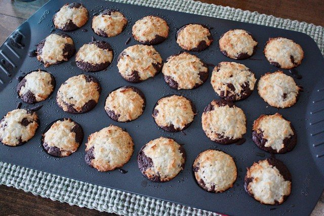 coconut-macaroon-brownie-bites-mini-muffin-tin