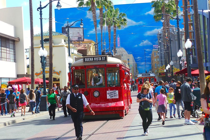 Buena Vista Street - Disneyland California Adventure