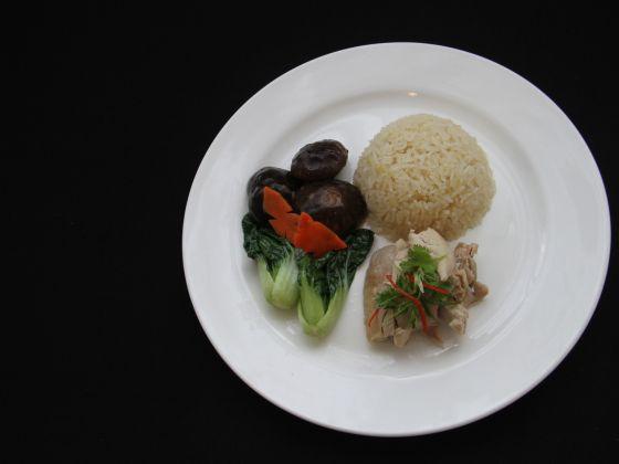 Cơm gà Hải Nam (Ảnh: Jaslin Goh)