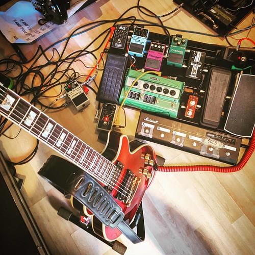 - Hora de salir a jugar... - #Rehearsal #Rock #Music #MusicAndFriends #LiveToPlayLive #Musica #MusicaYAmigos #Ensayo #MusicaEsMedicina #MusicIsLife #LiveForMusic #Guitarra #Guitar #SeisCuerdas #SixStrings