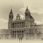 Catedral De La Almudena - Madrid BW