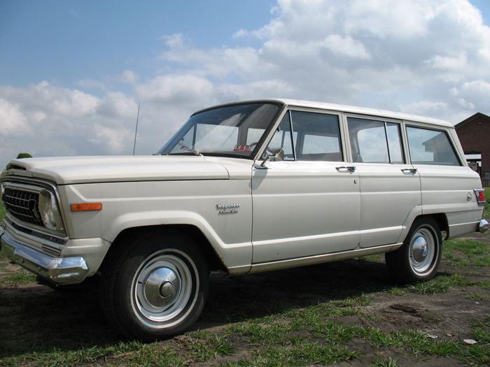 jeep_wagoneer_1974