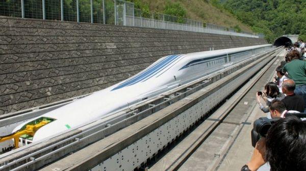 Самый быстрый поезд видео
