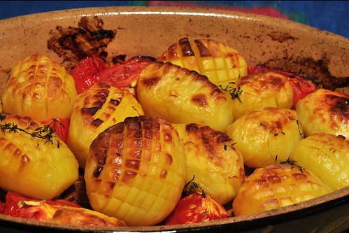 Kartoffel Kartoffeln Bratkartoffeln rustikal Bauernkartoffeln Backofenkartoffeln eingeschnitten kreuzweise quadratisch