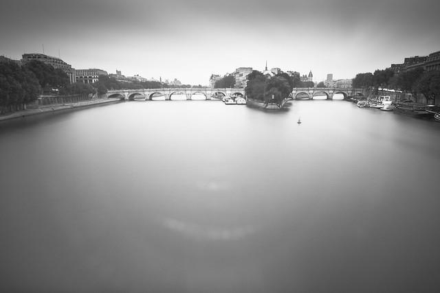 Paris au petit matin [EXPLORE]