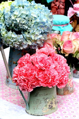 bunches of prettiness by {zalita}