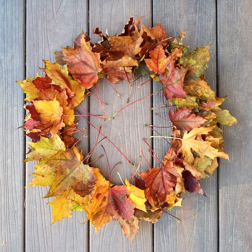 fall wreath craft ideas kid project 5 minute diy fallen leaf wreath 4429