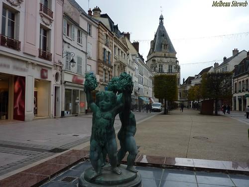 Balade en statues drouaises