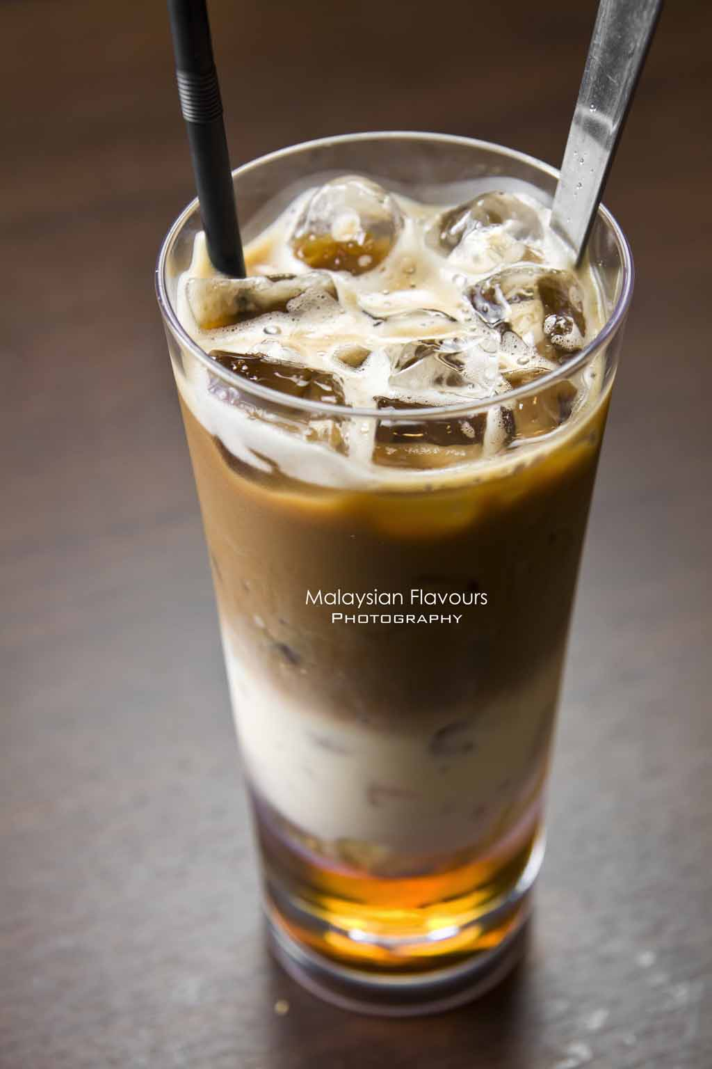 layered-honey-milk-tea