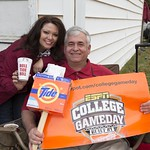 Fans From The Wiregrass Show Their ESPN Gameday Props LSU   Alabama 2013