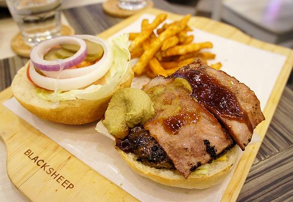 黑羊加州美式漢堡11版頭