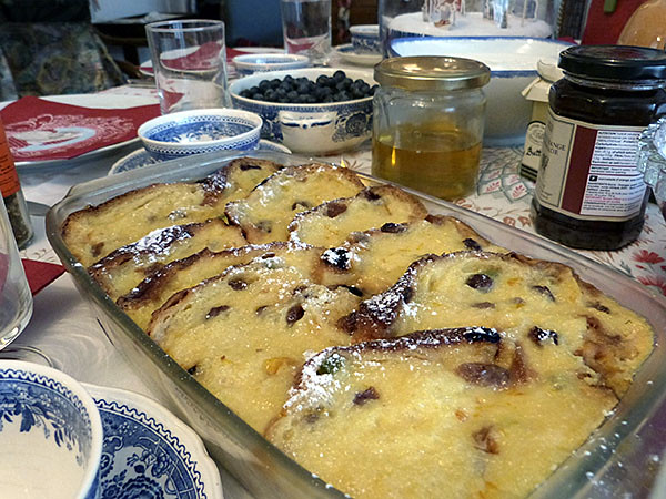 panettone and butter pudding