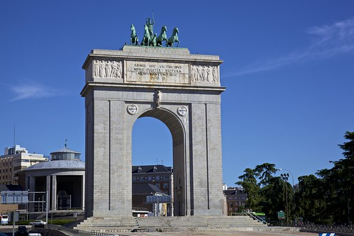Flickriver photos from moncloa madrid madrid spain for Puerta la victoria