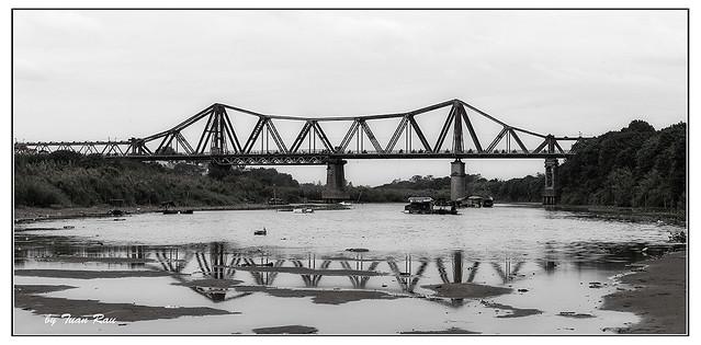 SHF_9734_Long bien bridge