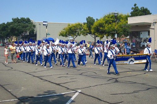 East Avenue Marching Band - Rodeo Parade