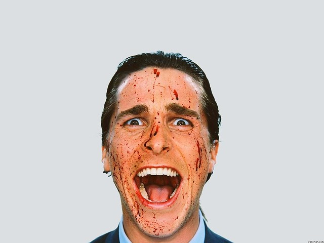 934_american-psycho-christian-bale-patrick-bateman-suit-man-screaming-face-blood-mouth-crazy-black-white-movie-american-psycho-1460877734