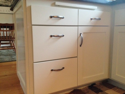 kitchen cabinet hardware placement location of cabinet handles on drawers 5465