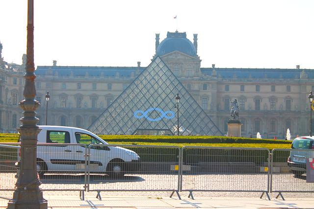 PARIS 466