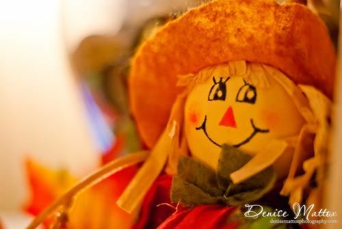 334: Smiling scarecrow