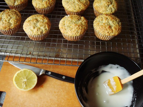 Lemon Poppy Seed Muffin: Glazed