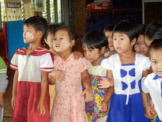 Maing Thouk pre-school - kids
