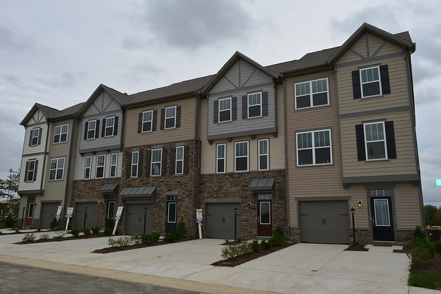 Beazer Townhouses At Colonial Forge In Stafford Virginia