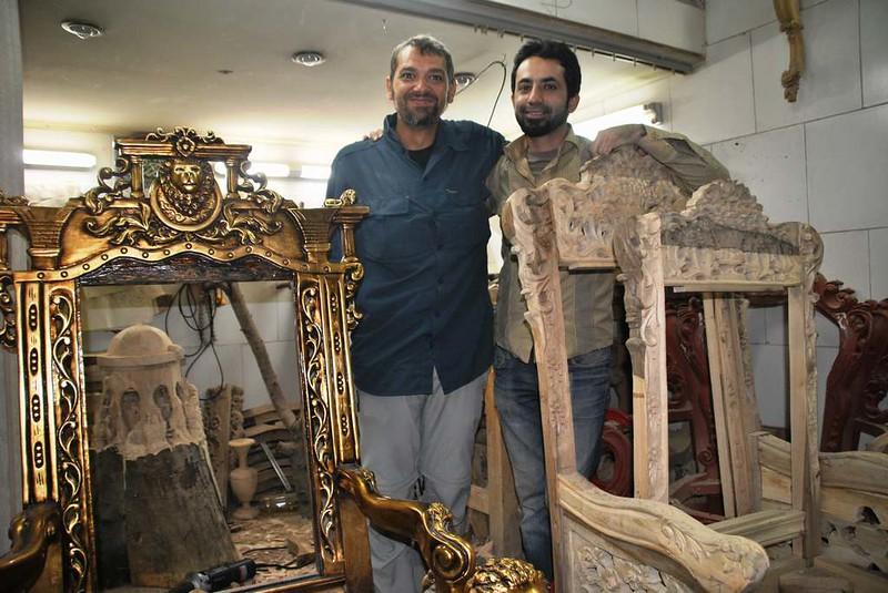 41 artesanos y sus obras en el bazar cercano a la mezquita de Rahim Khan en Isfahan (133)