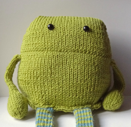 Knitted Monster 01