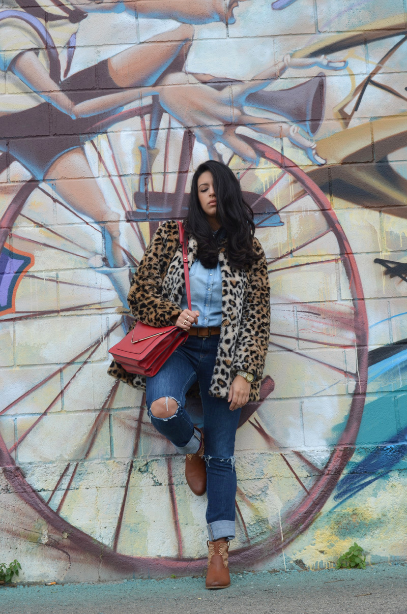 florenciablog coat animal print and total look denim redboxbag  (9)