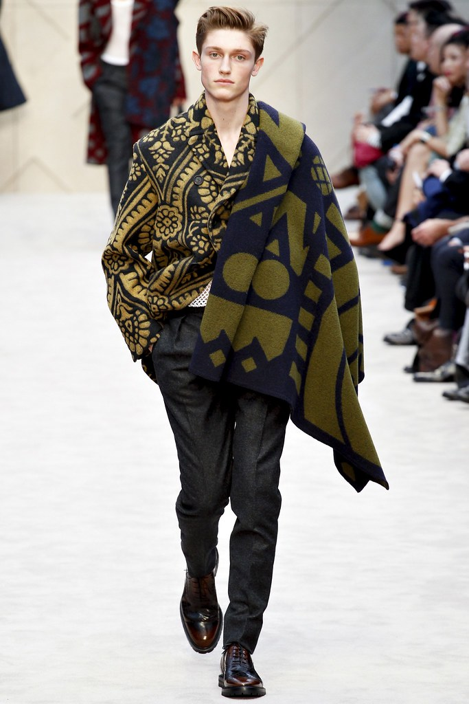FW14 London Burberry Prorsum045_Callum Ball(VOGUE)
