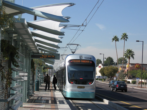 light rail in Phoenix (by: Michelle Dyer, creative commons)