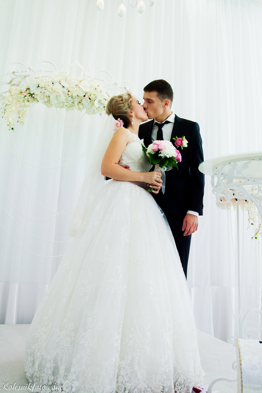 Свадебная церемония в Wedding Palace