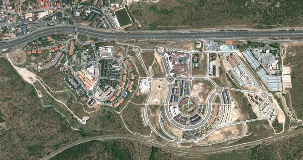torrelodones, madrid, es un orgullito que nos siga la alcaldesa, después, urbanismo, planeamiento, urbano, desastre, urbanístico, construcción, rotondas, carretera
