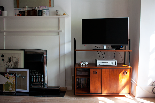 midcentury-tv-cabinet-3