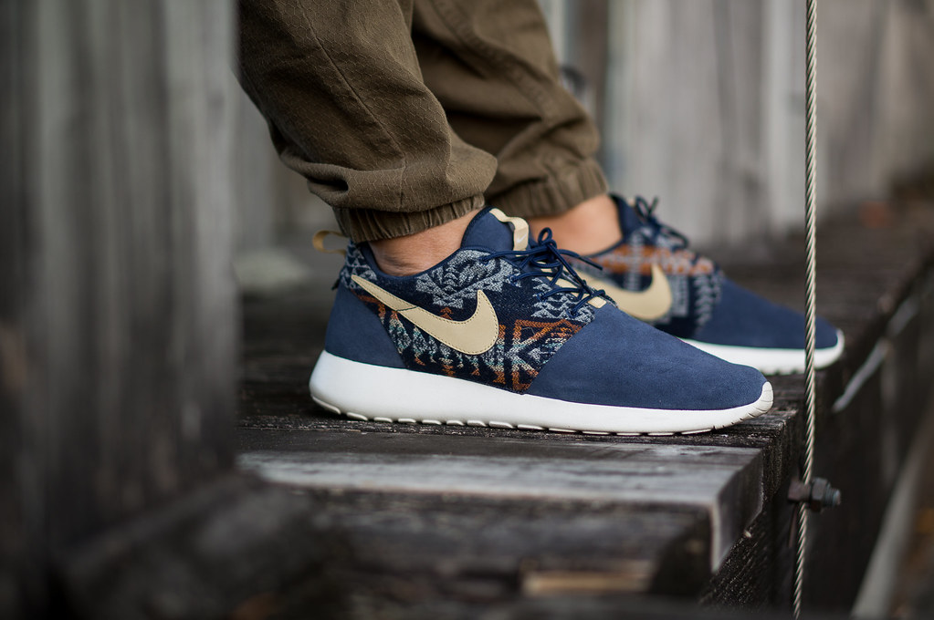 4ad149fae5b0 ... order nike roshe run id pendleton navy on the hunt niwreigs most  interesting flickr photos picssr