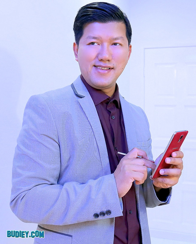 Budiey Samsung Advertorial