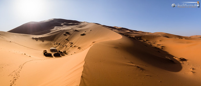 To stay over night in the Erg Chebbi